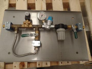 5 x water manifolds